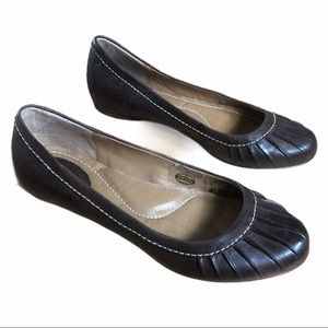 Fossil Brown Genuine Leather Flats Size 7